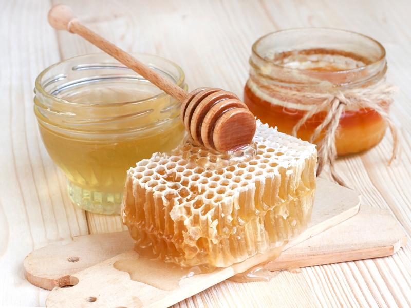 Вреден ли мед при нагревании - узнайте правду!