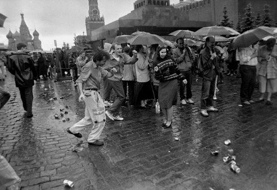 «Святые» 90-е — опубликованы мемуары Наины Ельциной