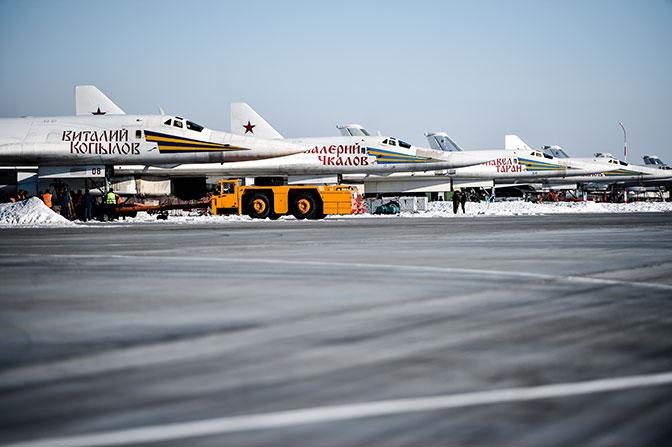 Страх и ужас американцев: как обновленный «гадкий утенок» Ту-160М2 станет неуязвимым «Белым лебедем»