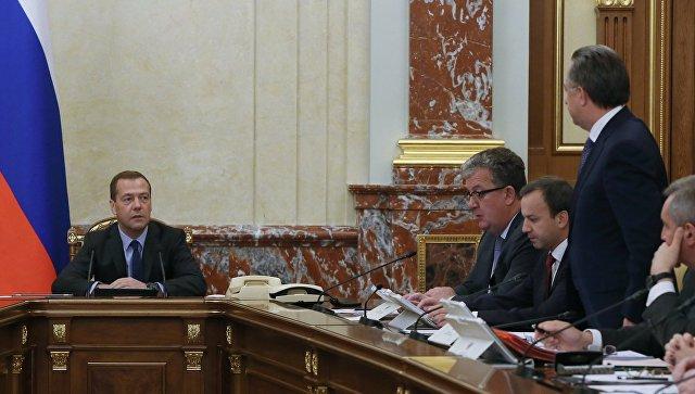 Премьер-министр рф продлил полномочия владимира якунина по посту президента оао ржд