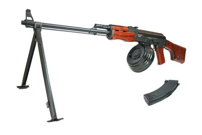 Правда о создании автомата Калашникова и немецкой штурмовой винтовки Stg-44 автомат калашникова, история, немецкая штурмовая винтовка Stg-44