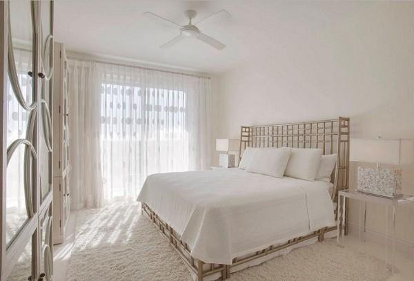 сочетание цветов в интерьере спальни нежно кремовый белый
