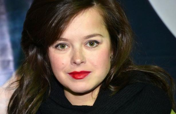 Оскорбленная Михалковым экс-участница Comedy Woman раскаялась за шутку о Карбышеве