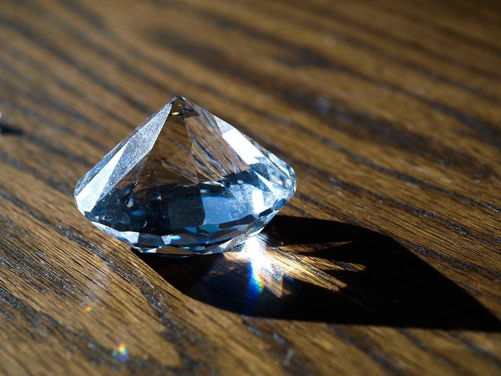 Британская компания выкупила второй по величине в мире алмаз