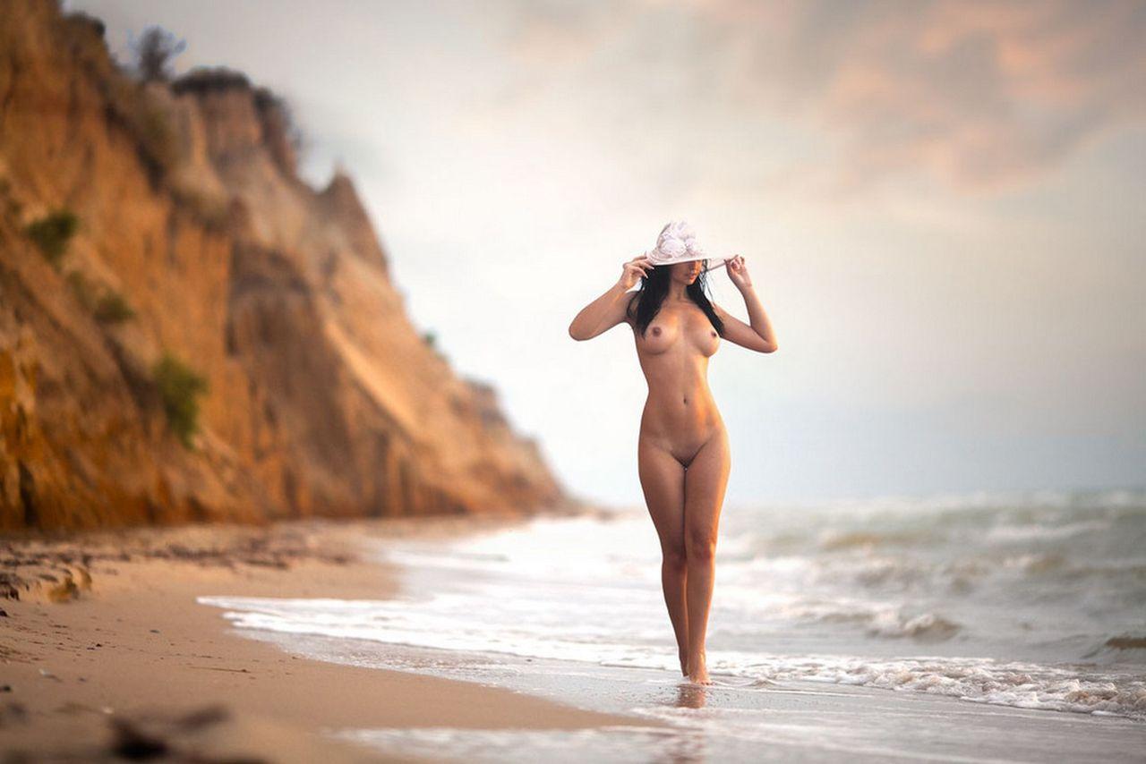 Эротика в фотографии, Фото эротика голых девушки и женщины - смотреть 12 фотография