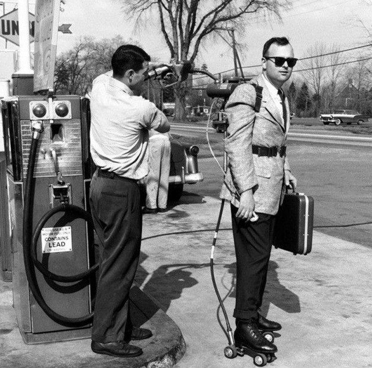 60-е настолько суровые, что ролики заправляли бензином