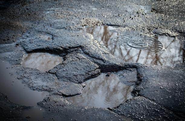 В России введут штрафы за ямы на дорогах