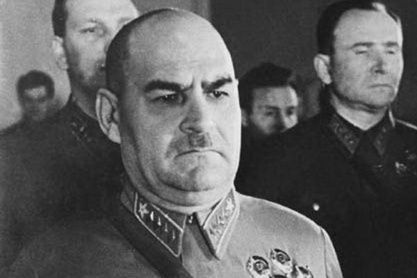 За что маршал Кулик был лишен всех наград во время Великой Отечественной войны
