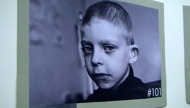 Немецкие волонтеры добились открытия фотовыставки, посвященной трагедии на Донбассе