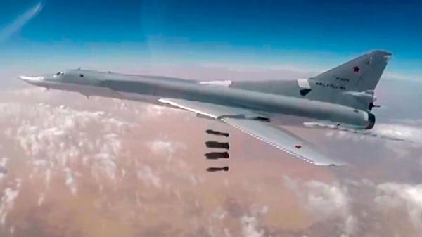 Ту-22М3 нанесли новый удар побазам исламистов вАбу-Кемале