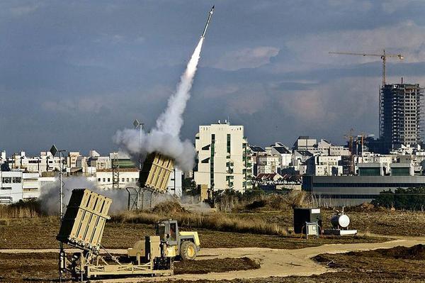В Израиле ракета, запущенная из сектора Газа, попала в здание детского сада