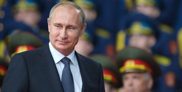 Путин хочет увеличить срок пребывания на военной службе