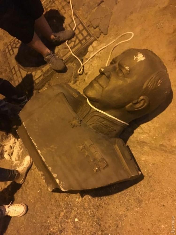 Акт вандализма в Одессе. Не забудем, не простим!