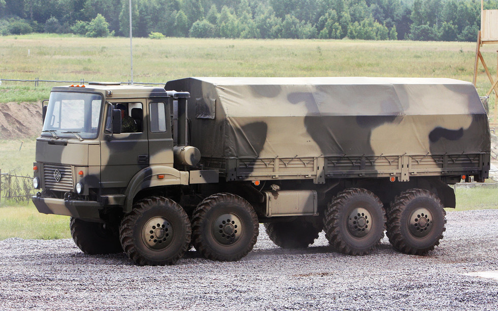 Военные автомобили могут освободить от требований по безопасности