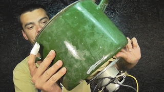 Двигатель от пылесоса.Полезная штуковина в хозяйстве