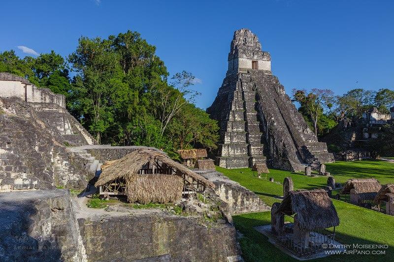 Пирамиды Майя, Тикаль, Гватемала • 360° Аэрофотопанорама