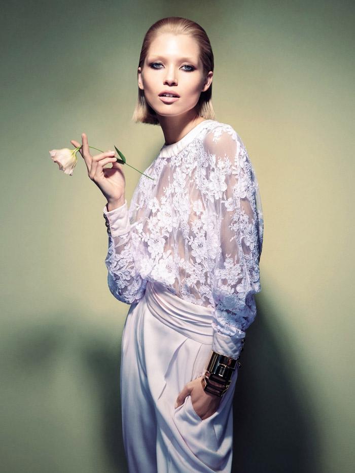 Хана Жирикова (Hana Jirickova) в фотосессии Камиллы Акранс (Camilla Akrans) для Vogue China март 2014
