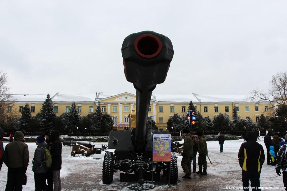 В «Нахимке» показали военную мощь России