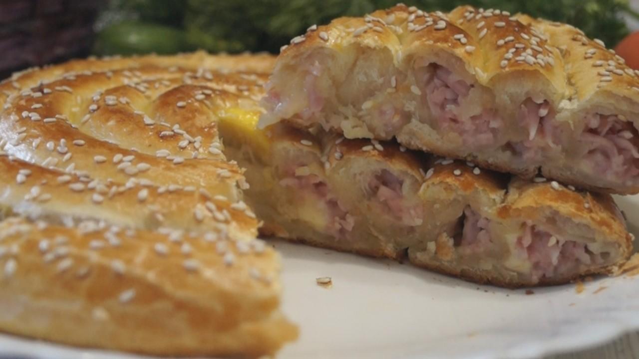 Слоёное тесто рецепты простые и вкусные с мясом
