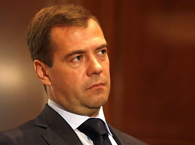 Медведев: эффект от санкций …