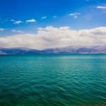 Мертвое море — знаменитый курорт в Израиле.
