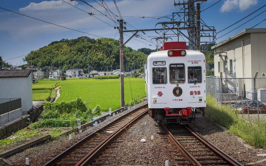 Невероятные экскурсионные поезда в Японии