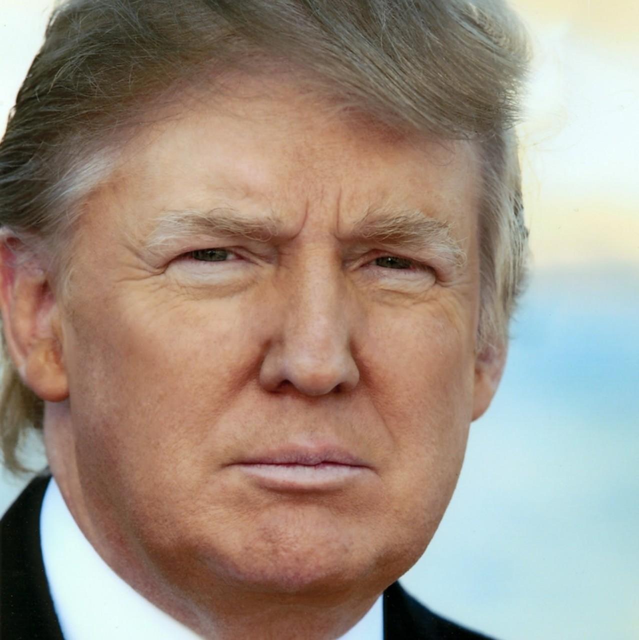 Дональд Трамп «забанил» лживые «Buzzfeed», СNN и BBC