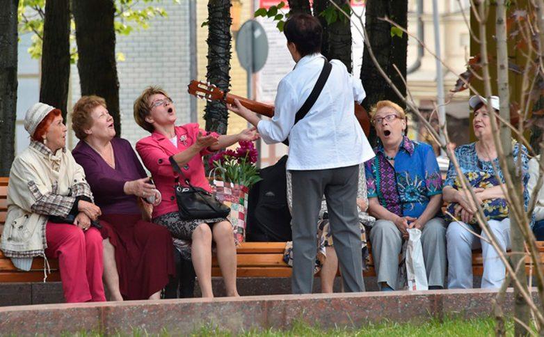 Власти Москвы повысили пенсии и пособия