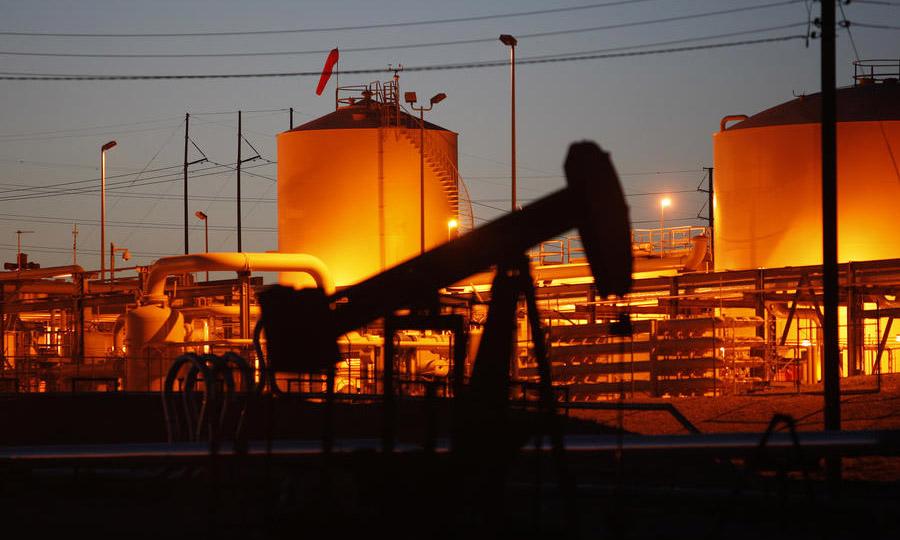 США собираются продать половину своих стратегических запасов нефти