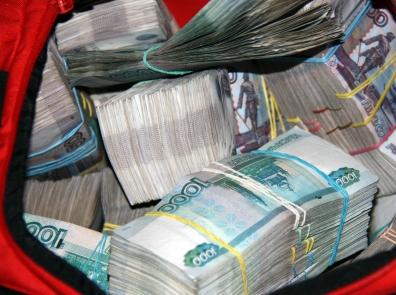 Мошенники под видом брокеров дурили россиян: украдено полмиллиарда рублей