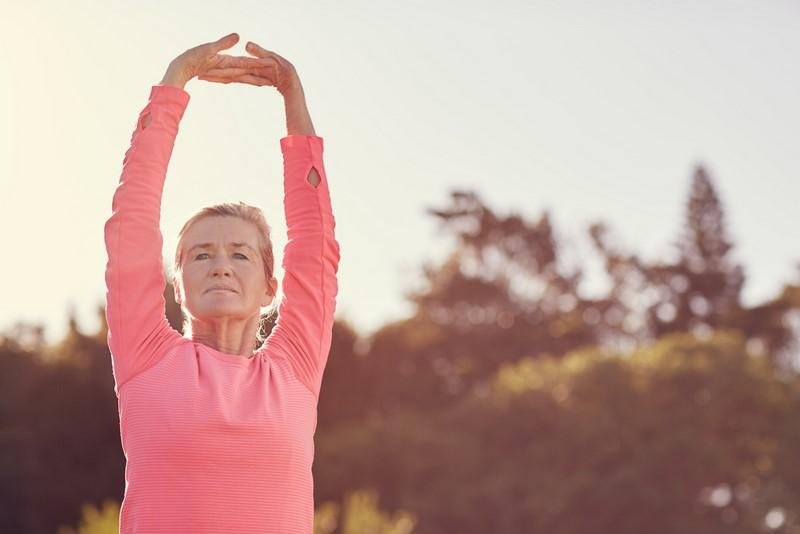 Всем женщинам после 40 лет нужно делать эти 5 упражнений ежедневно