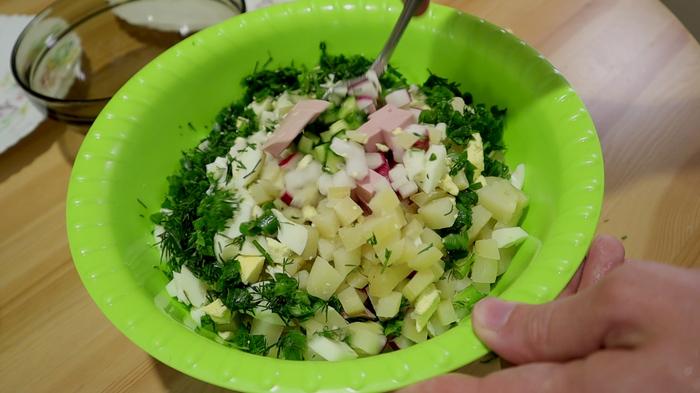 Мой любимый рецепт окрошки / на сыворотке Окрошка, Рецепт, Сыворотка, Летнее блюдо, Видео рецепт, Кулинария, Еда, Видео, Длиннопост