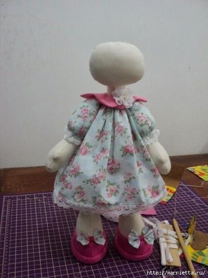Шьем куколку ДОЛЛИ. Фото мастер-класс и выкройки (9) (427x570, 121Kb)