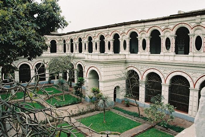 Монастырь святого Франциска - наследие ЮНЕСКО.