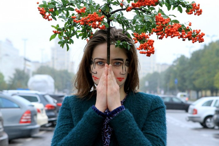 """Sebastian Bieniek и его фотосерия """"Двуличные"""""""