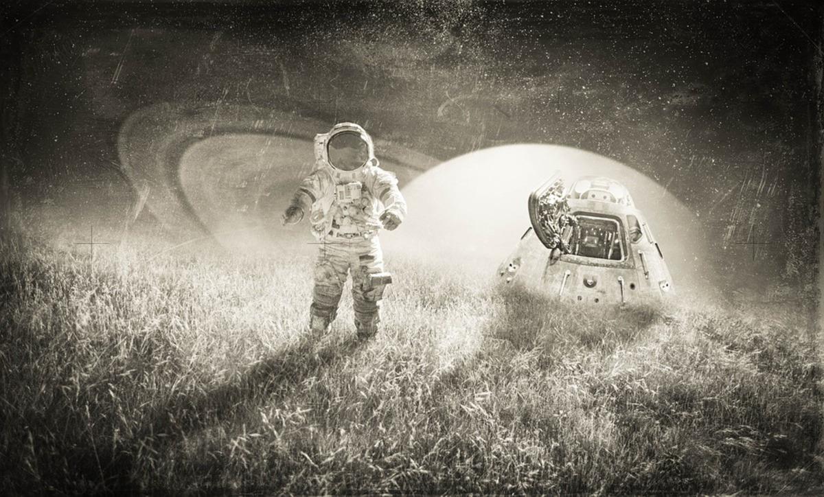 Рогозин сообщил о жесткой переподготовке космонавтов