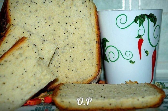 Белый хлеб с маком. Ароматный и воздушный…