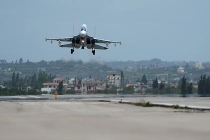 Американские самолеты провели разведку у российских баз в Сирии