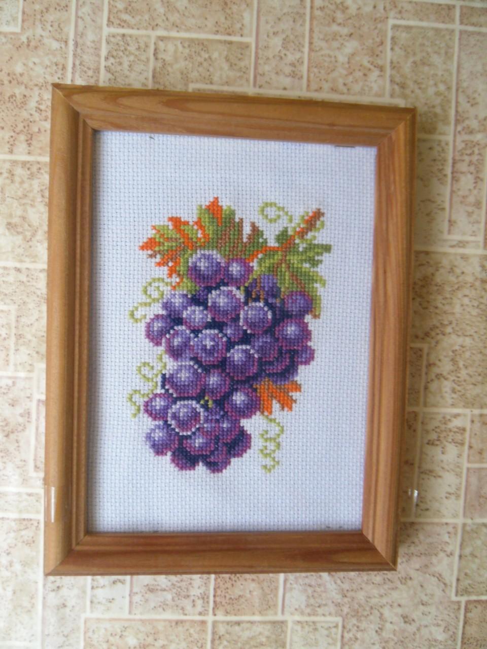 Вышивка винограда лентами 77
