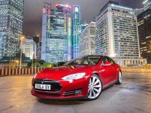 Электромобили Tesla смогут проезжать рекордные 800 км на одной «заправке»