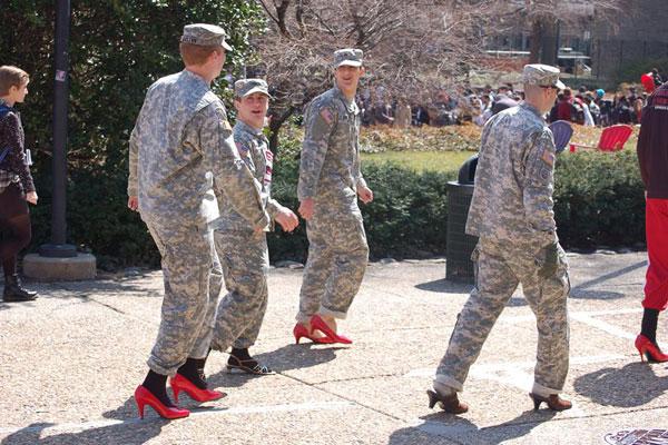США: гендерная армия становится реальностью