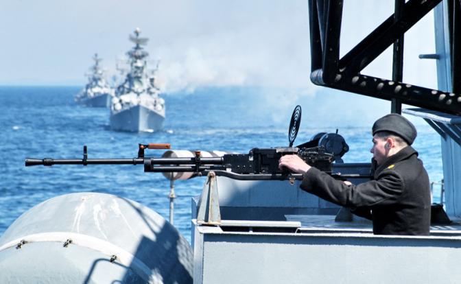 Полундра! Боевые корабли русских идут за «Нордом» к Бердянску