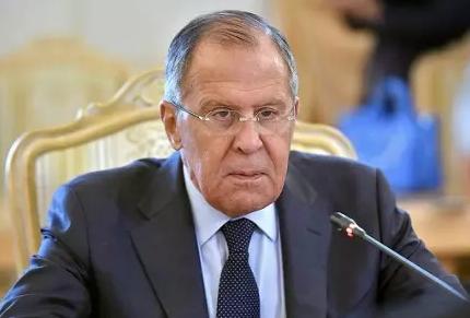 Лавров: Россия рассмотрит все пути укрепления безопасности Сирии, включая поставку С-300