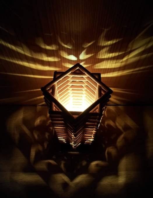 Настольная лампа из дерева своими руками