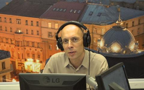 Неизвестные изуродовали автомобиль радиоведущего Сергея Асланяна