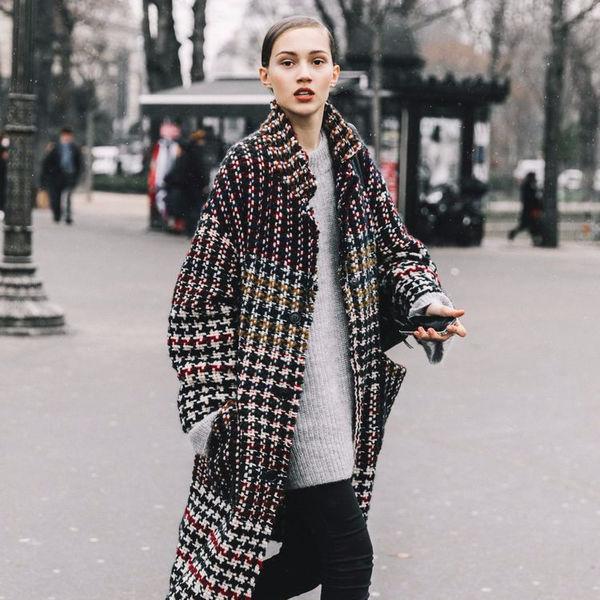 На все времена: пять образов с клетчатым пальто
