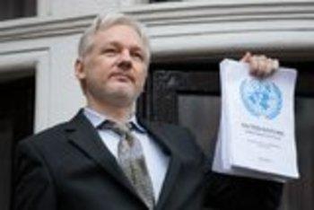 Ассанж рассказал правду о взломе серверов Демпартии США: Россия ни при чем