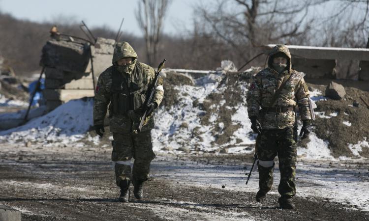 ДНР новости: шаг силовиков в пользу ополчения; Захарченко сообщил о крупном достижении ДНР; заявление МИД РФ об опасном повороте, вероятном в Донбассе