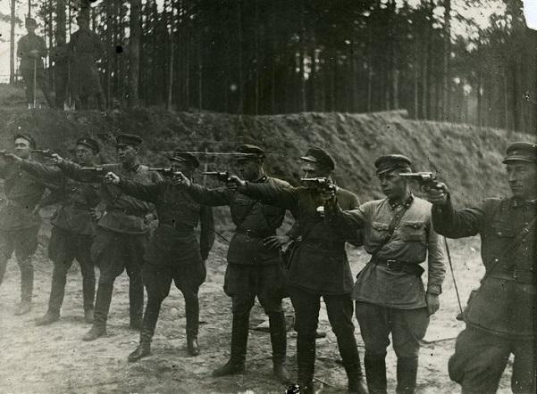 Сандармох: как расстреливали тысячи заключенных в 1934-41годах