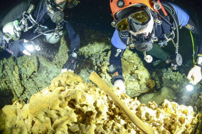 Таинственная подводная пещера оказалась кладбищем древних майя